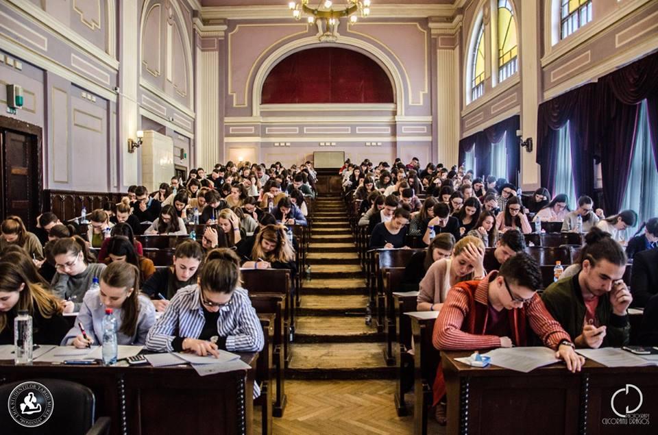 Concurs de selecţie pentru obţinerea unei burse Erasmus
