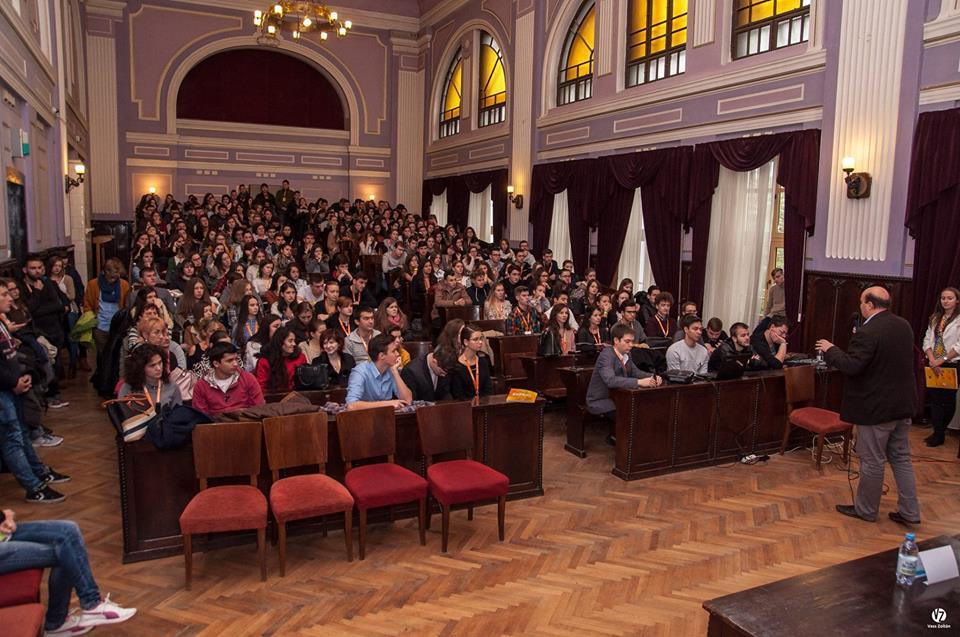 Peste 350 de liceeni din întreaga țară, la Zilele Porților Deschise Universitare