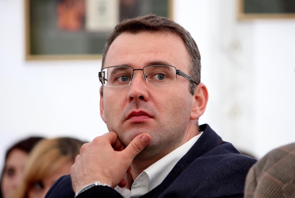 Problematica patologiei personalității în mediul academic, abordată în premieră în România
