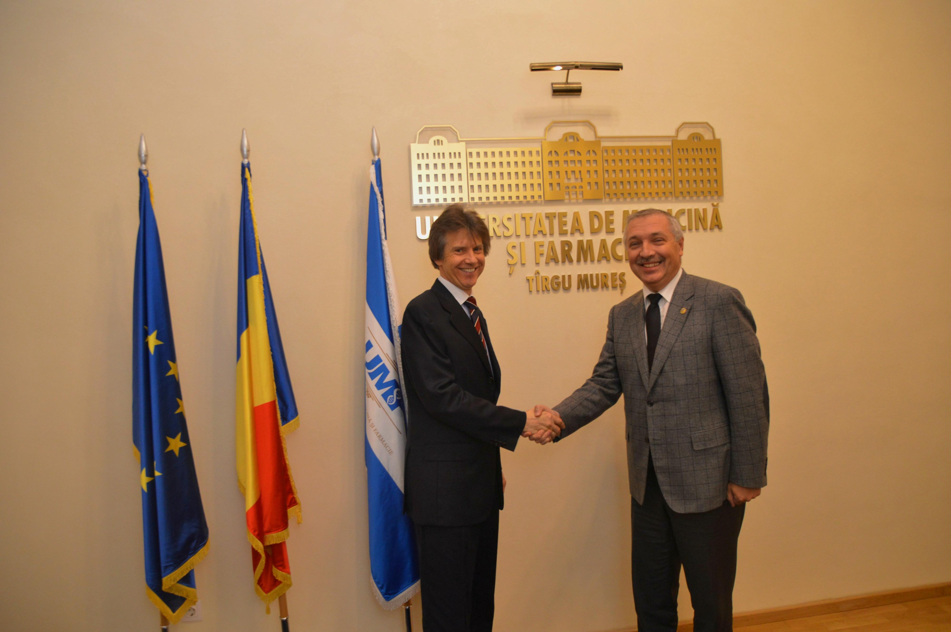 Consulul Germaniei la Sibiu, în vizită la UMF Tîrgu Mureș