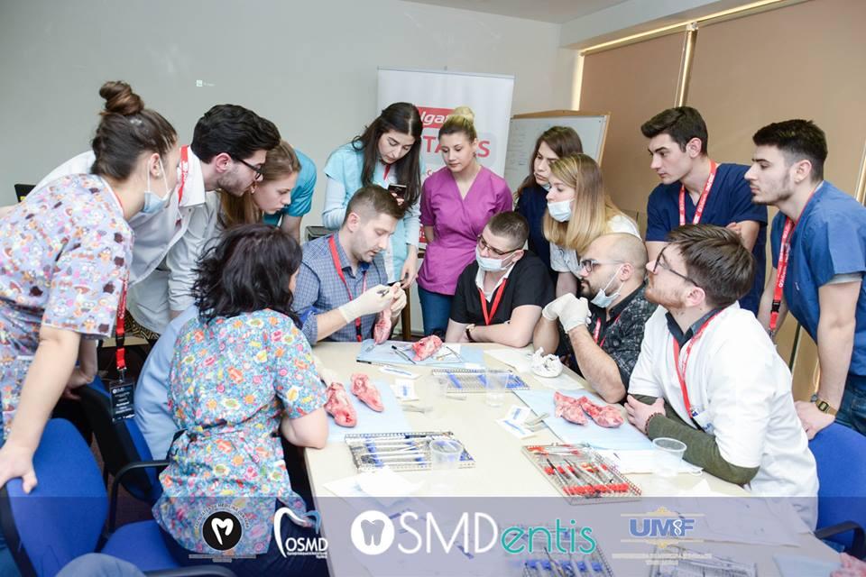 Simpozion științific organizat de studenții de la Medicină Dentară