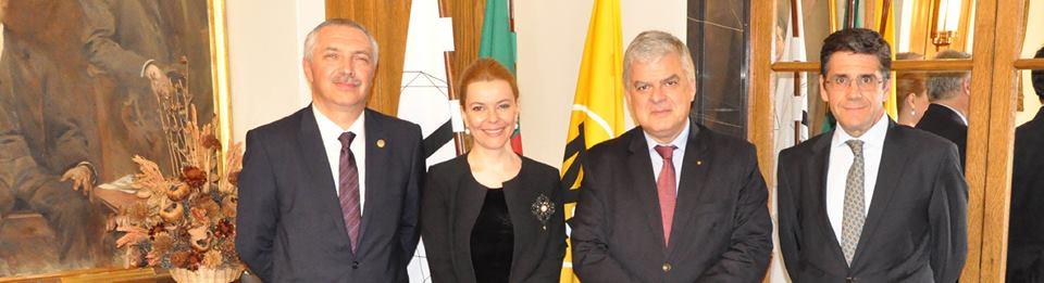 Punți academice și științifice între Portugalia și România