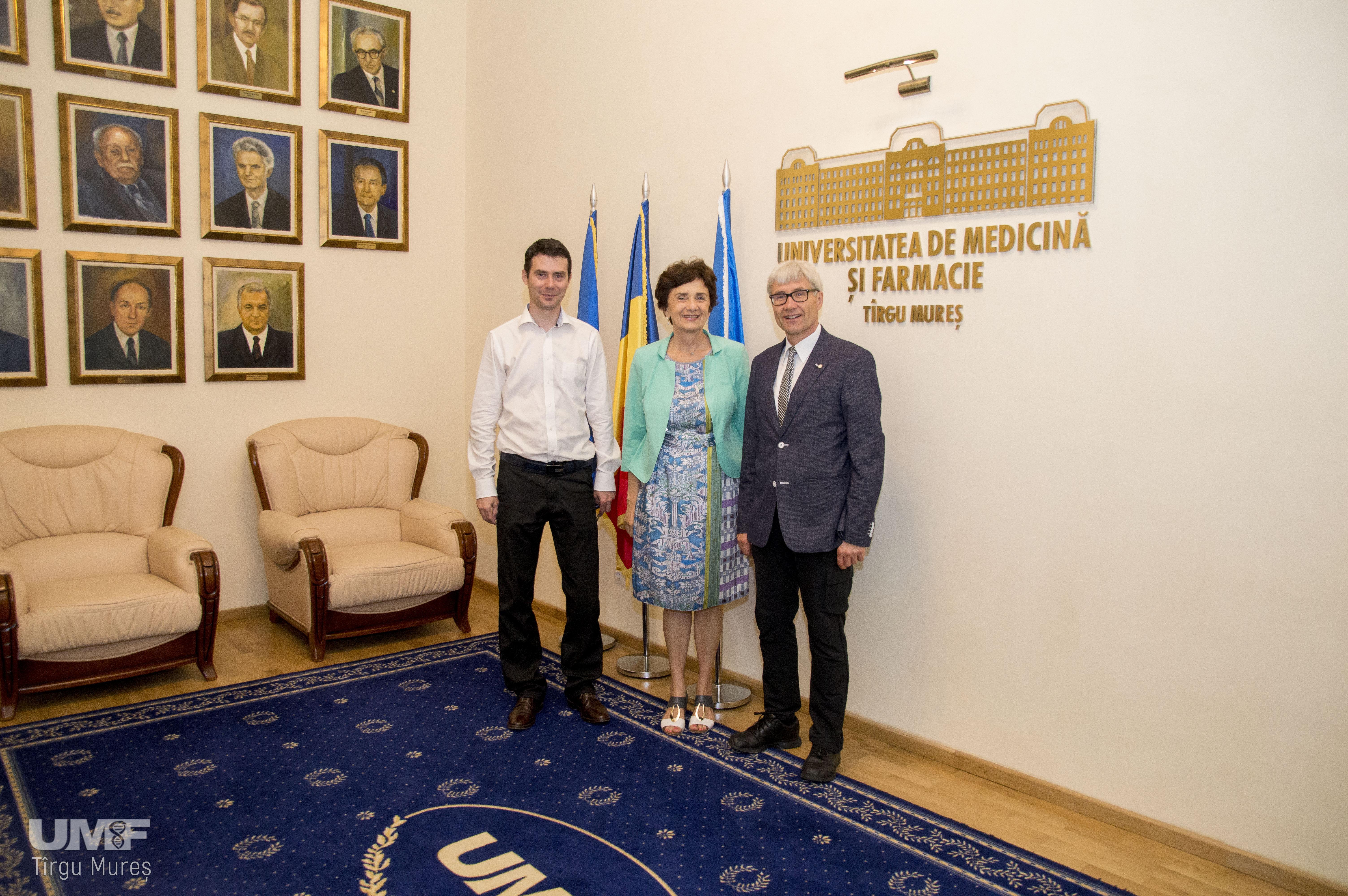 Expert al OMS în managementul dermatozelor profesionale, vizită și curs la UMF Tîrgu Mureș
