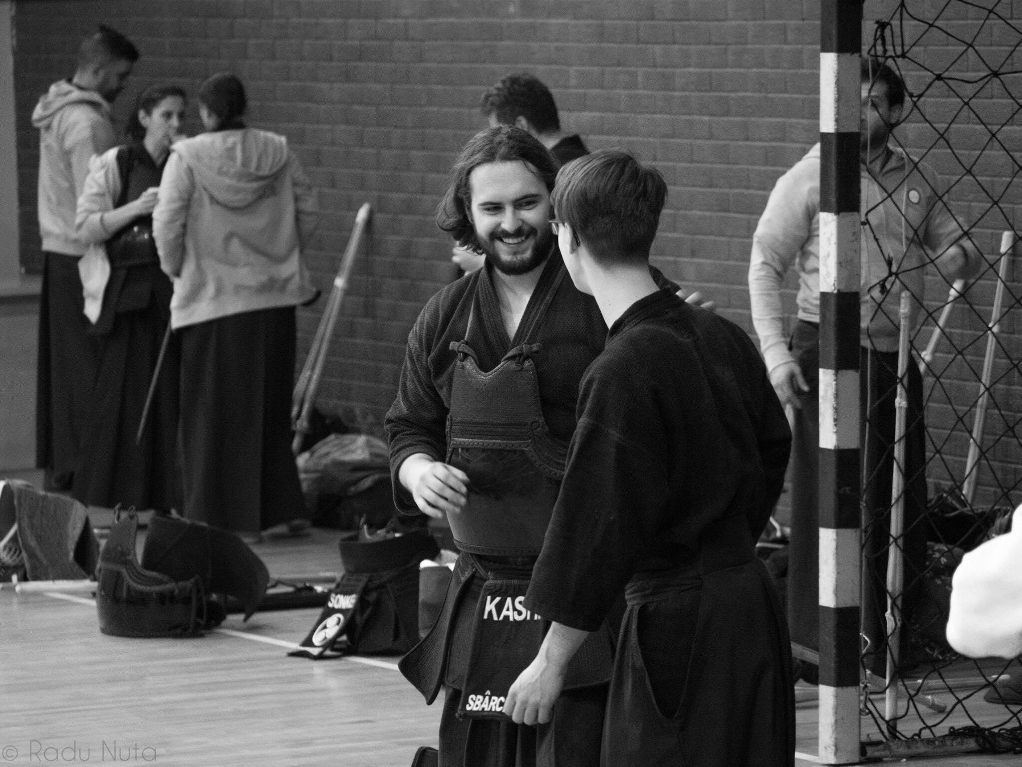Un student al UMF Tîrgu Mureș va reprezenta România la Campionatul Mondial de Kendo din Coreea