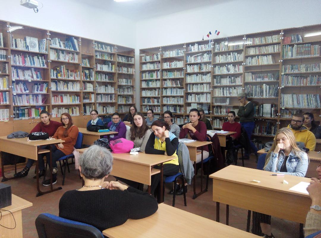 Specialiști din Franța, activități de formare continuă și ateliere de învățare a limbii franceze, la UMFST Târgu Mureș