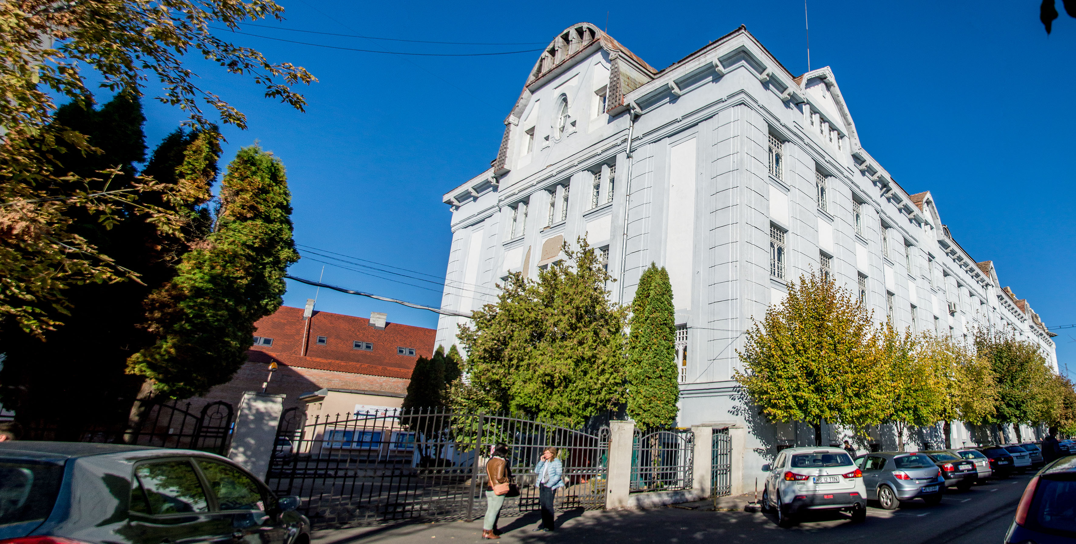 Dublă lansare de carte la UMFST Târgu Mureș