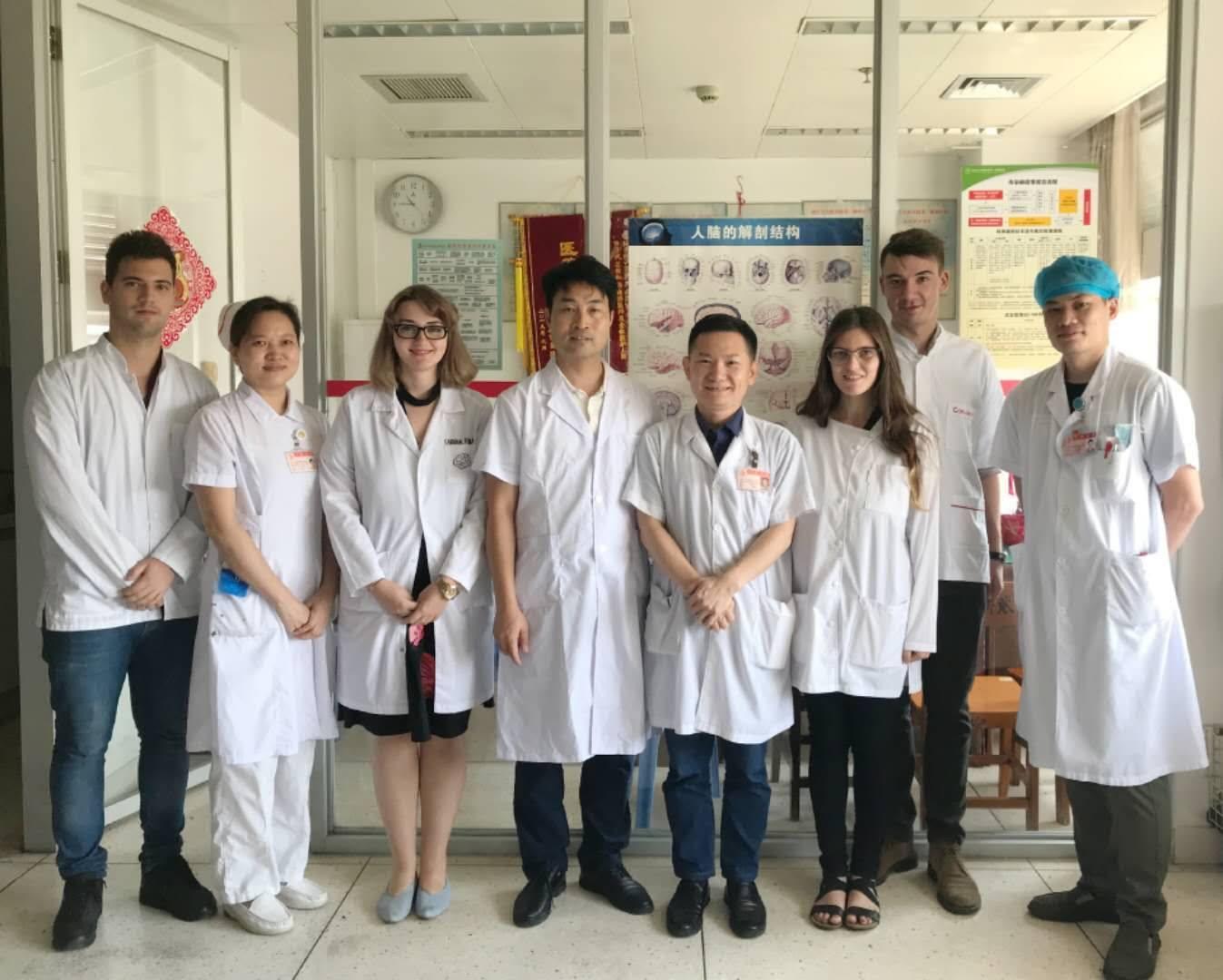 Studenții UMFST Târgu Mureș, despre experiența numită Universitatea de Medicină din Shantou, China