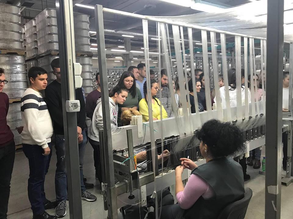 Cele mai noi tehnologii de realizare a airbag-urilor, prezentate studenților la Inginerie