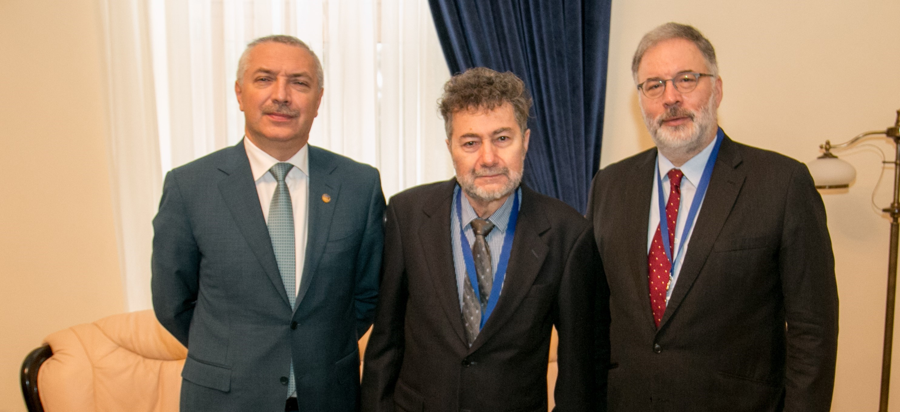 Cercetători de prestigiu din Australia, în vizită la UMFST Târgu Mureș