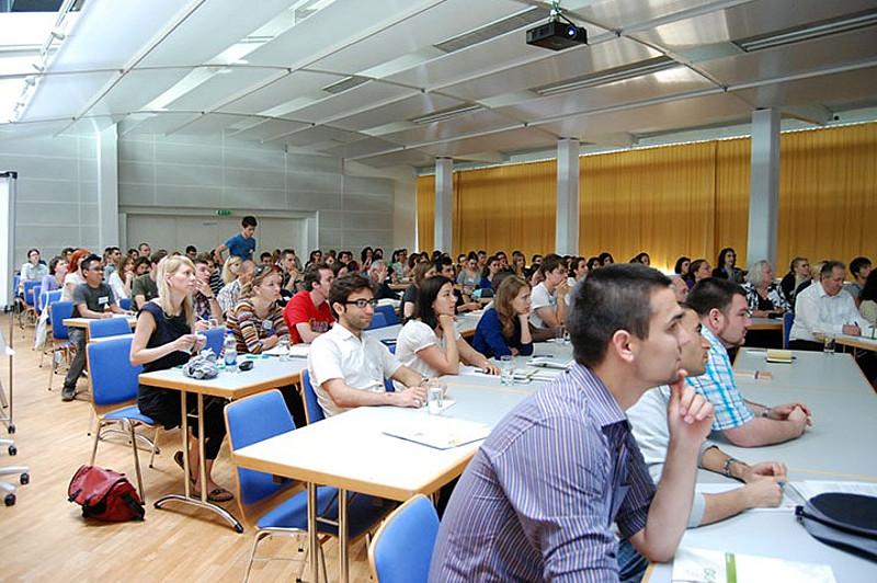 Studenții UMFST Târgu Mureș, invitați să se înscrie la Școala Internațională de Vară din Austria