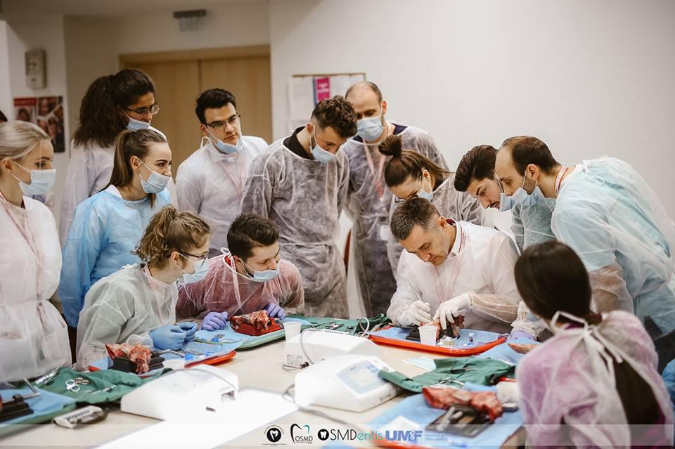 Personalități ale stomatologiei din țară și din străinătate, la UMFST Târgu Mureș