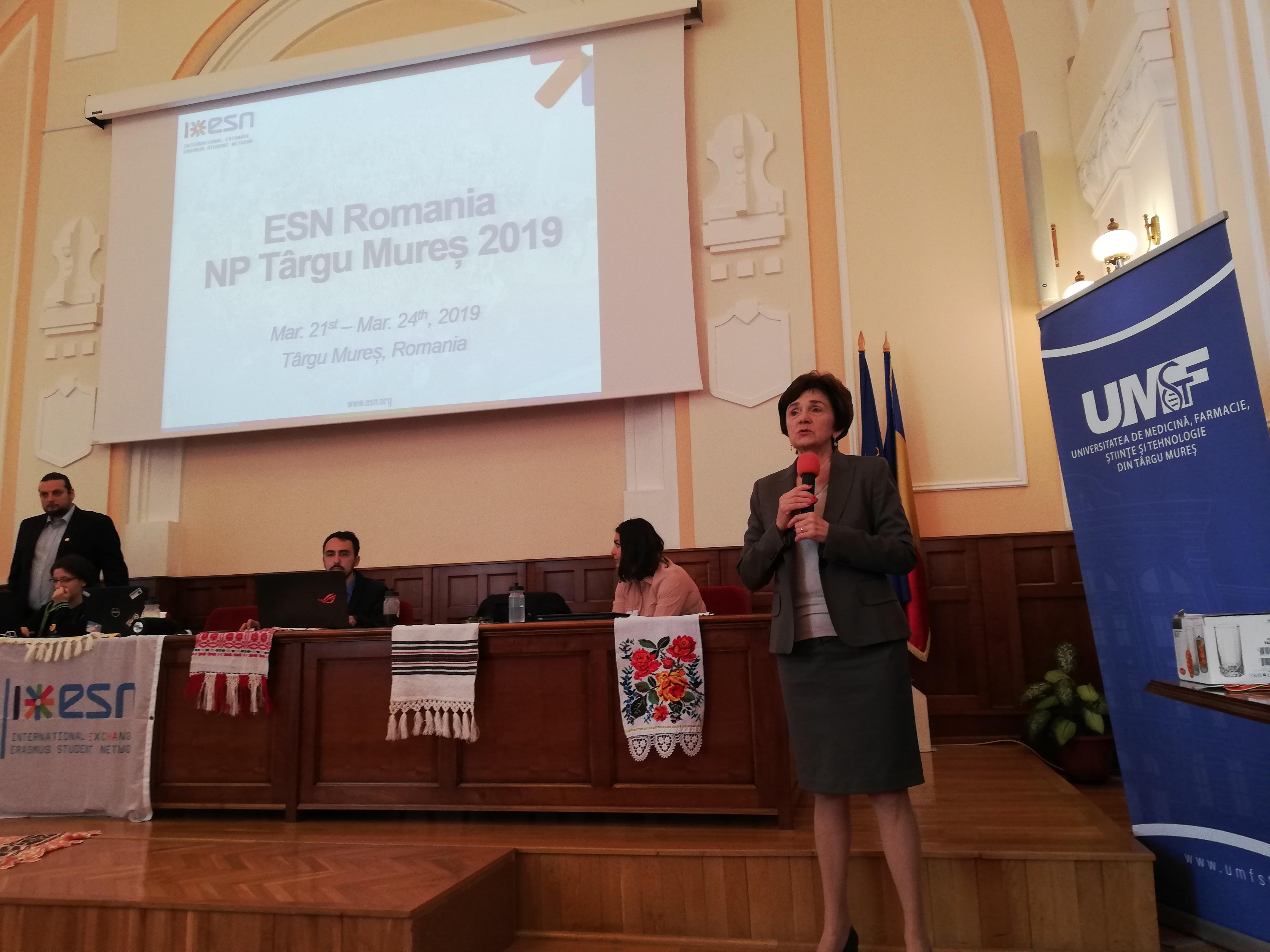 Studenți din toată țara participă la Platforma Națională Erasmus Student Network de la UMFST Târgu Mureș