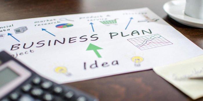 """Elevi din întreaga țară participă la faza națională a Competiției """"Business Plan"""", găzduită de UMFST Târgu Mureș"""