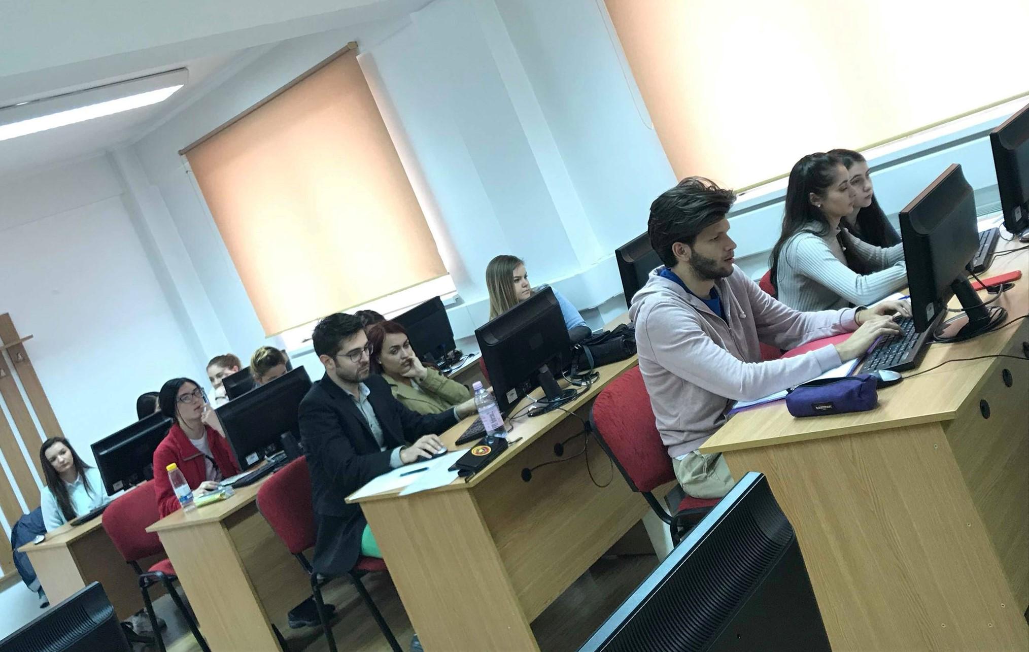 Cerc de traductologie și traducere pentru studenți