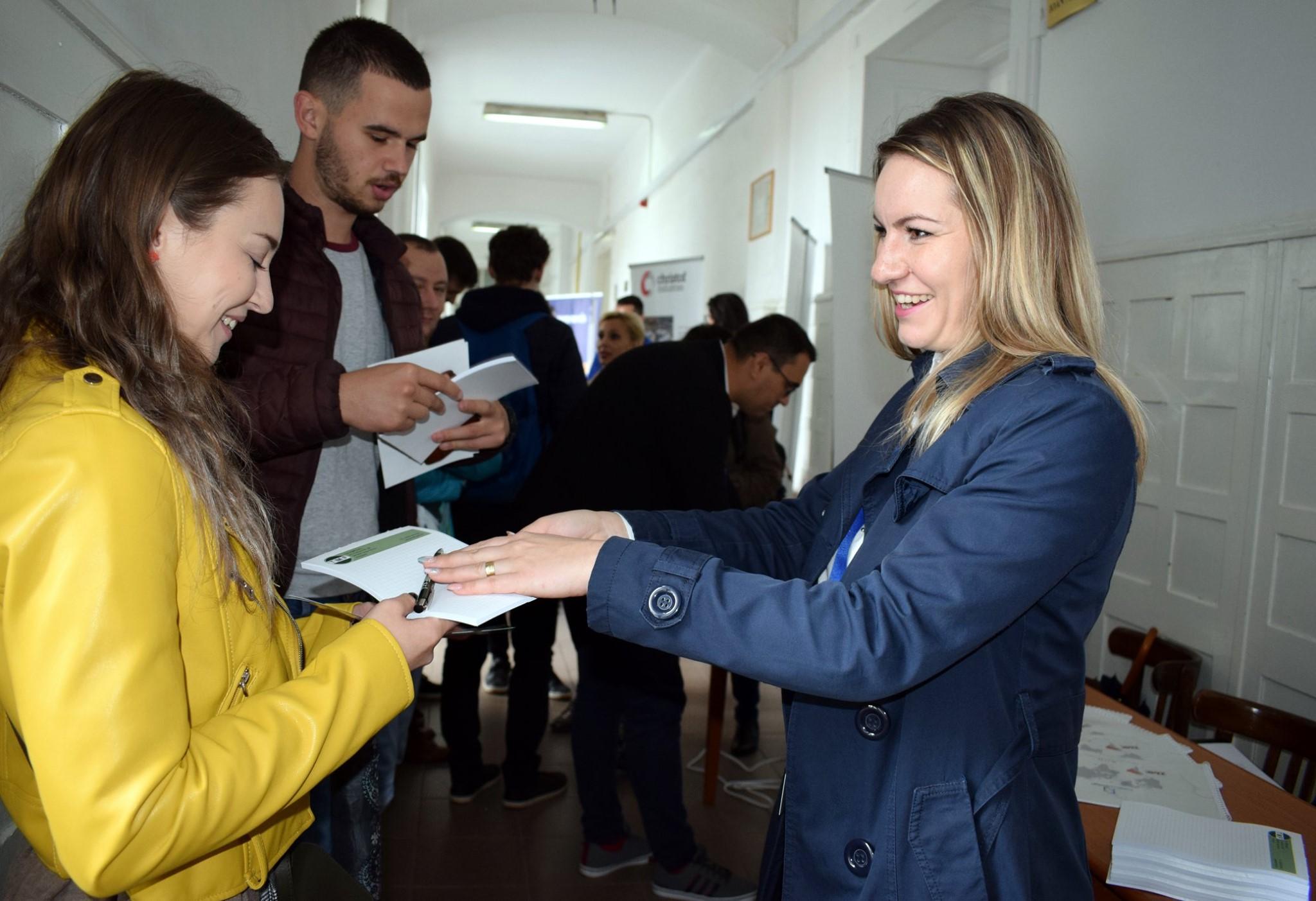"""Proiectul """"University to Business – U2B UMFST"""", lansat în cadrul evenimentului """"Față în față cu angajatorii"""""""