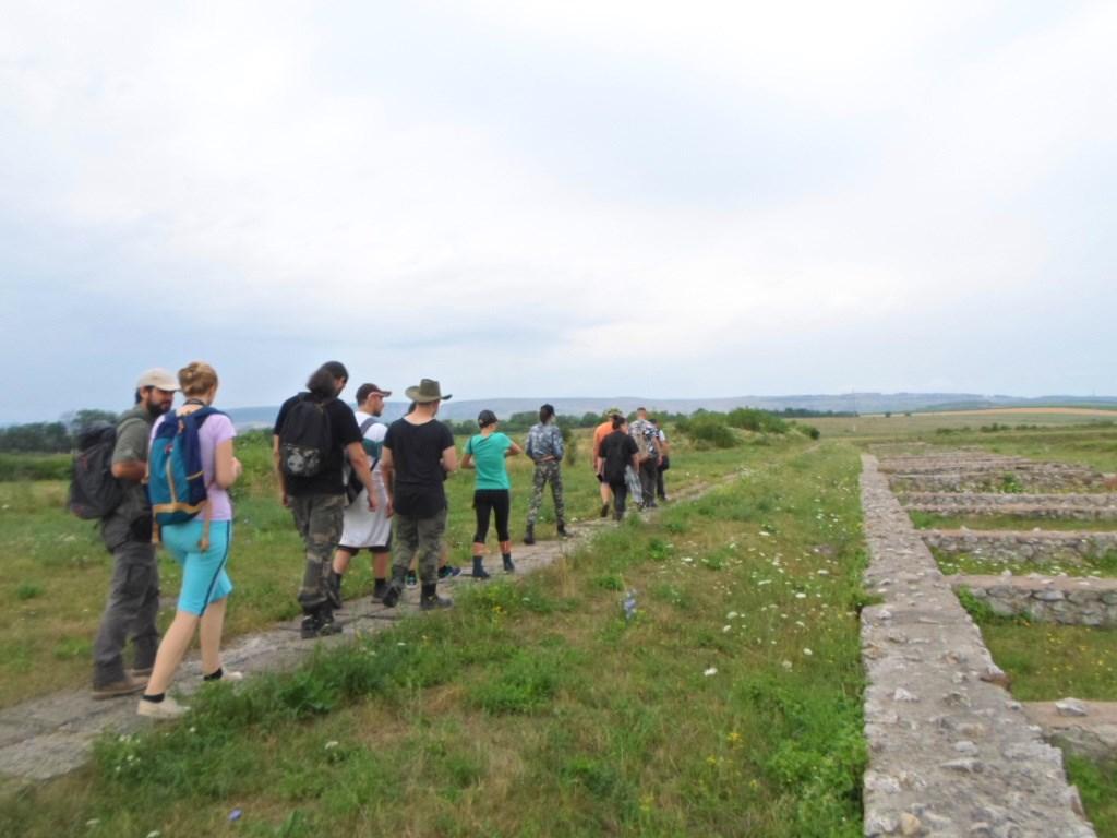 """Mai mulți studenți la Istorie au participat la workshop-ul """"Arheologia militară a provinciei Dacia"""""""