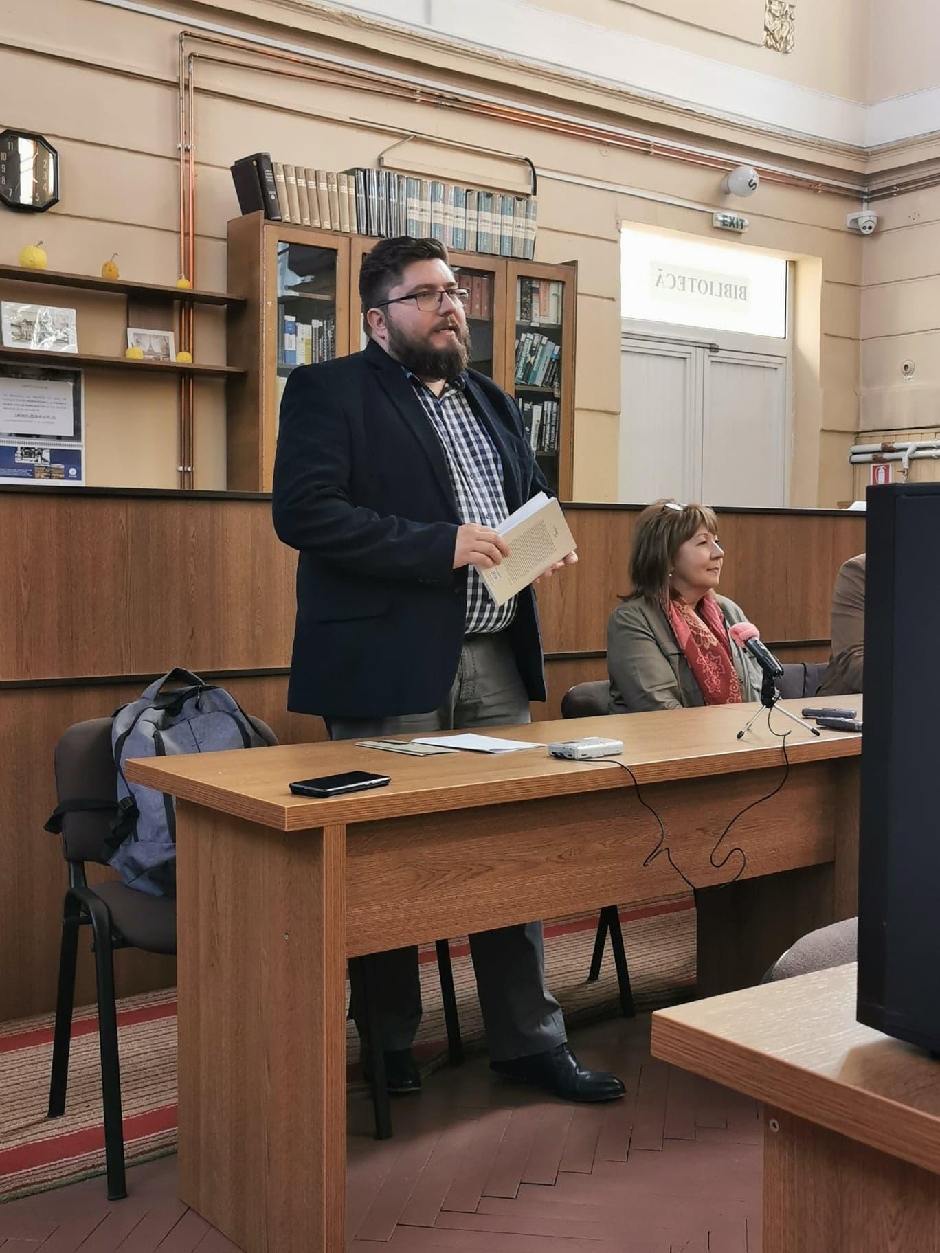 Foto lansare carte Stiinte si Litere Doina Rusti (1)