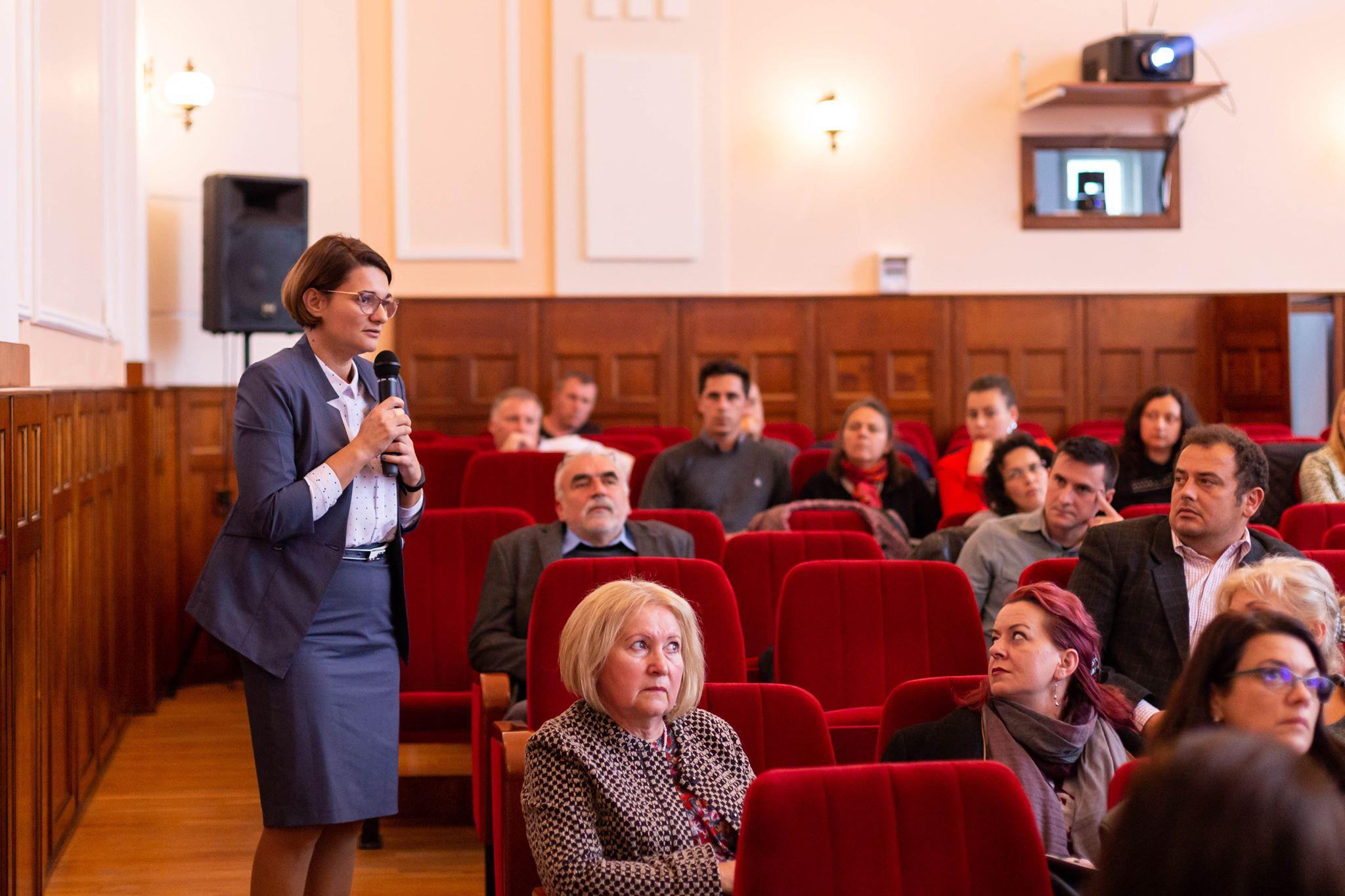Foto dezbatere economia circulara (1)