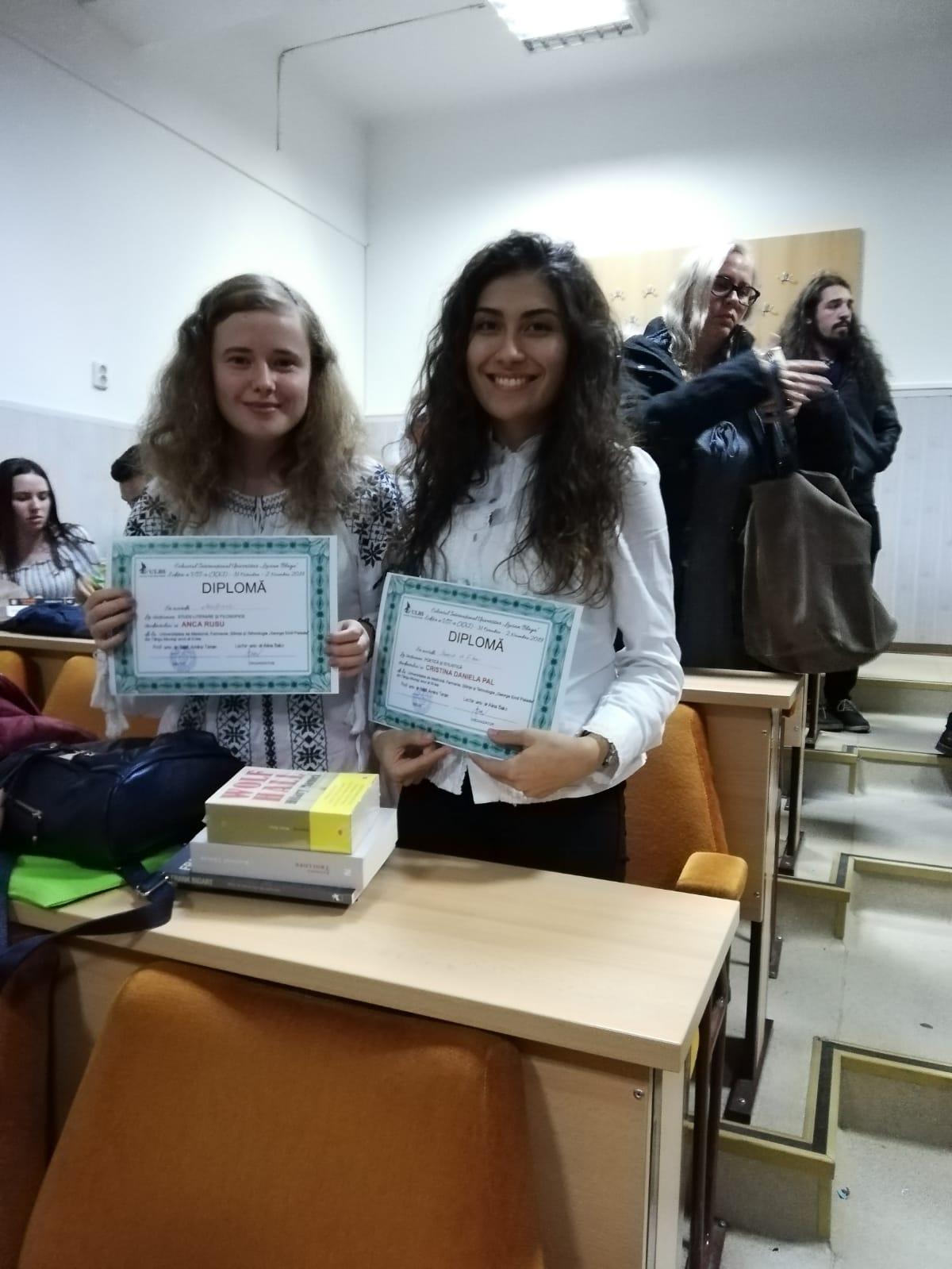 """Studente UMFST, premiate în cadrul Colocviului Internațional Universitar """"Lucian Blaga"""" de la Sibiu"""