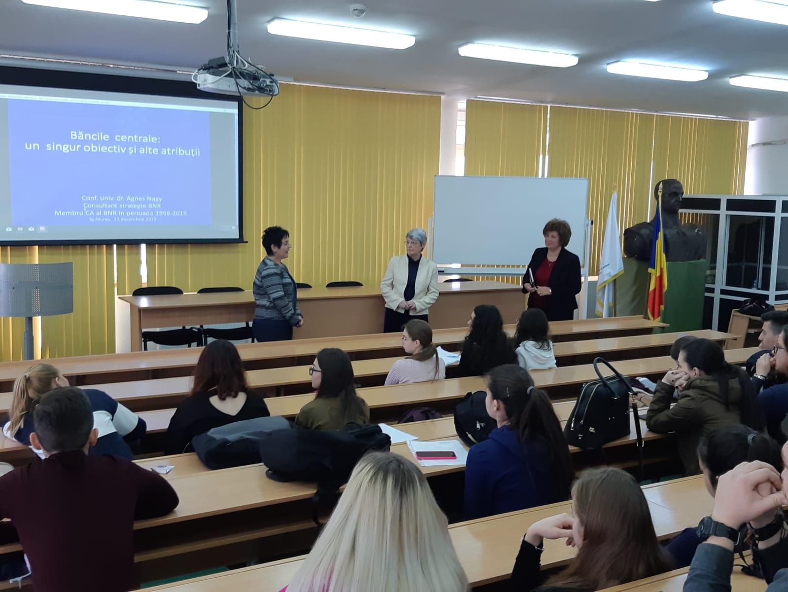 Foto workshop Facultatea de Economie si Drept BNR (2)