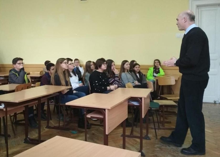 Proiect menit să sporească interesul elevilor pentru studierea istoriei