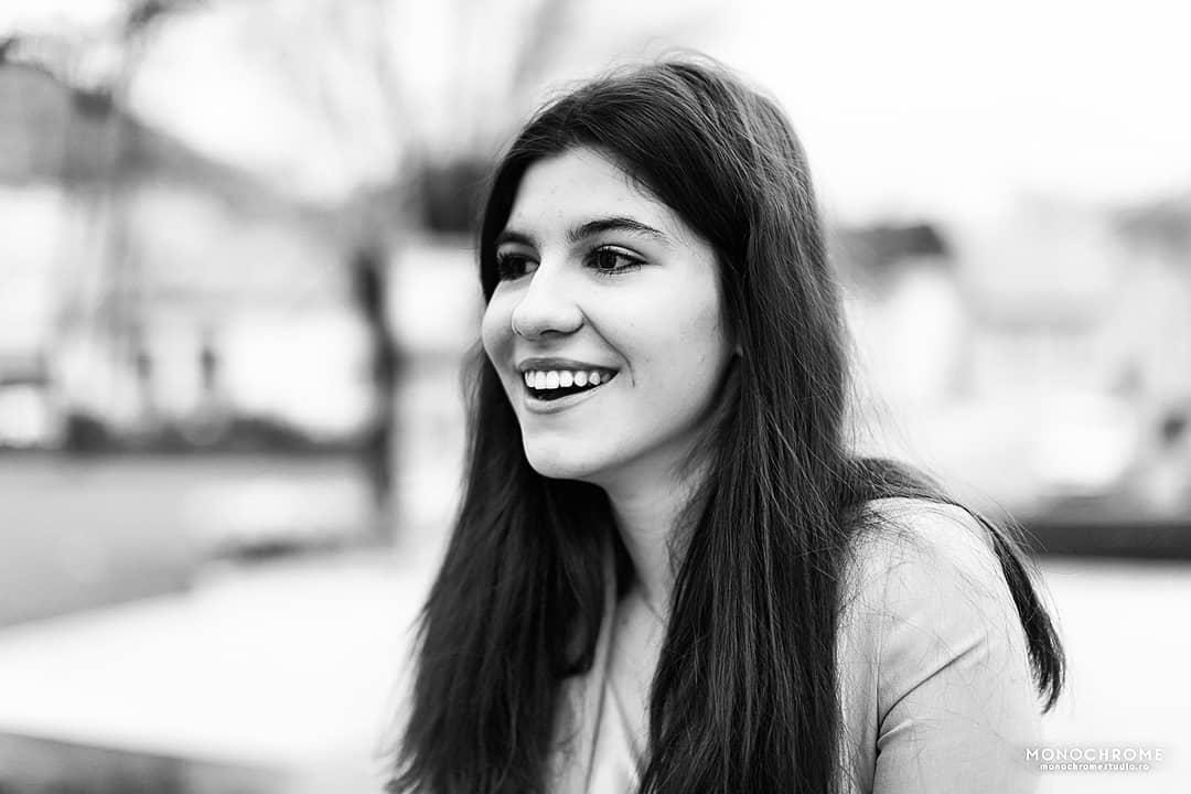 """O studentă a Facultății de Medicină a fost desemnată coordonatoarea proiectului """"Școli Curate 2.0"""" pentru județul Mureș"""